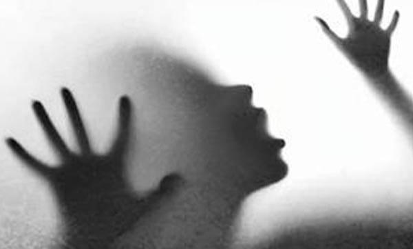 കോഴിക്കോട്ട് പ്രായപൂര്ത്തിയാകാത്ത പെണ്കുട്ടിയെ പീഡിപ്പിച്ച ഇമാമിനെ പൊലീസ് അറസ്റ്റ് ചെയ്തു