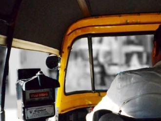 ഇ.കെ.നായനാര്ക്ക് വേണ്ടി സൗജന്യ യാത്രയൊരുക്കി ഓട്ടോ ഡ്രൈവര്