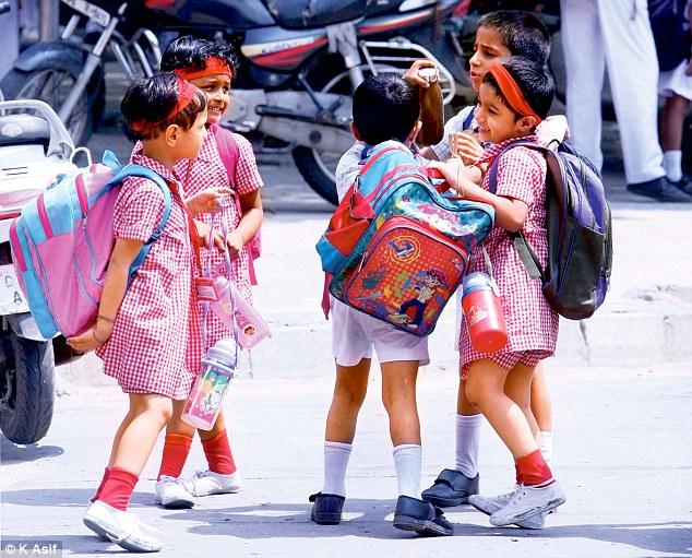 നിപ വൈറസ്: തലേശ്ശരി വിദ്യാഭ്യാസ ജില്ലയിലെ സ്കൂളുകള് തുറക്കുന്നതും നീട്ടി
