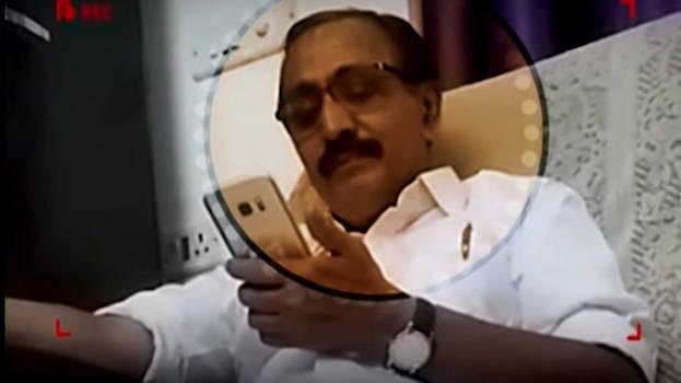 എം.കെ രാഘവനെതിരായ ഒളികാമറ വിവാദത്തില് ചാനല് സംഘത്തില് നിന്ന് അന്വേഷണ ഉദ്യോഗസ്ഥര് വിവരങ്ങള് ശേഖരിച്ചു